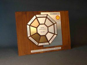 houten award met silver